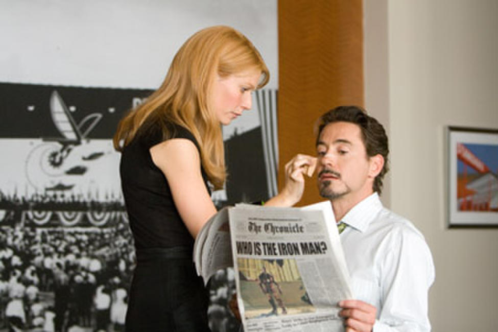 Gwyneth Paltrow and Robert Downey Jr. in