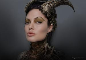 See What Angelina Jolie Almost Looked Like in 'Maleficent'