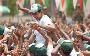 How 'Million Dollar Arm' Shows Kids That Hard Work Pays Off