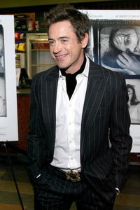 Robert Downey, Jr. at a N.Y. premiere of
