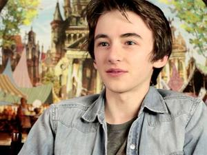 Exclusive: The Boxtrolls - LAIKA Tour with Isaac and Elle Featurette