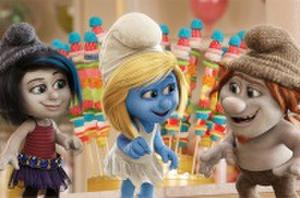 'Smurfs 2' Trailer Jets to Paris, Introduces the Naughties