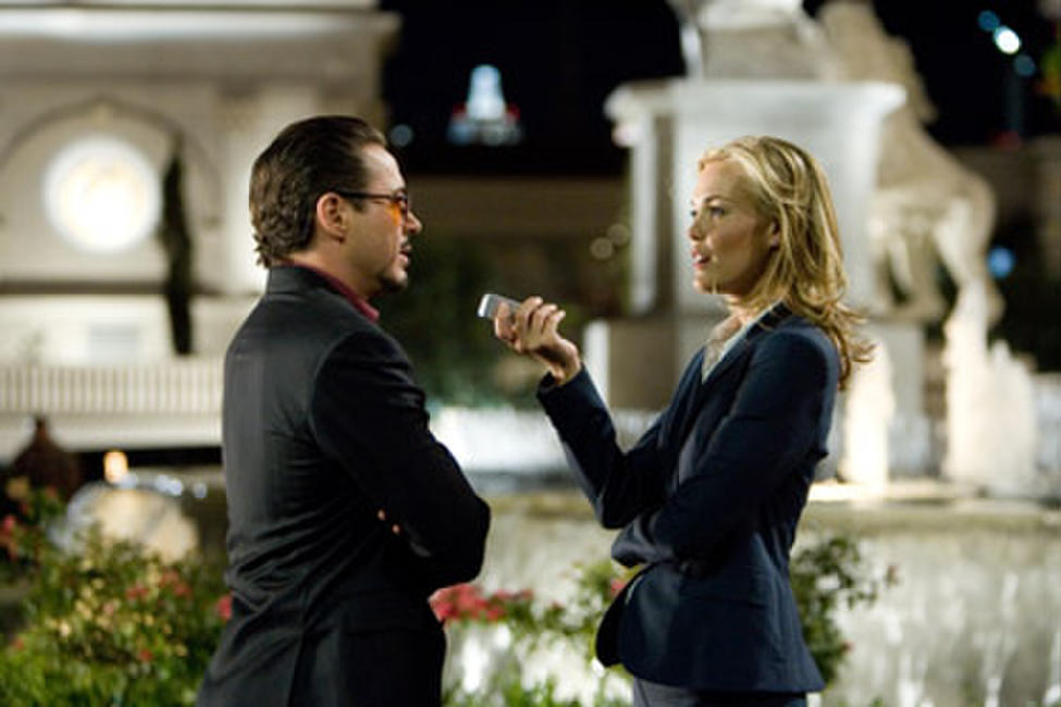 Robert Downey Jr. and Leslie Bibb in