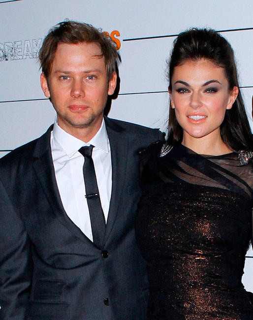 Jimmi Simpson with beautiful, Girlfriend Serinda Swan