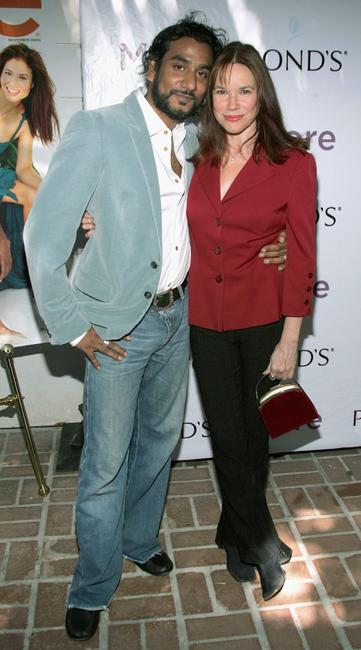 Naveen Andrews Wife Naveen andrews and his wife