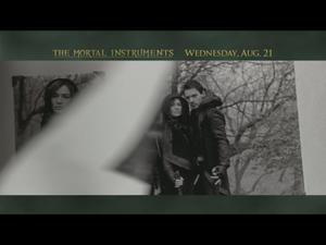 The Mortal Instruments: City Of Bones: Family Secret (Tv Spot)