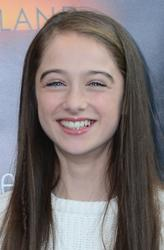 'Raffey Cassidy' from the web at 'http://images.fandango.com/r98.7/ImageRenderer/164/250/redesign/static/img/noxportrait.jpg/p718113/cp/cpc/images/masterrepository/performer images/p718113/raffeycassidy.jpg'