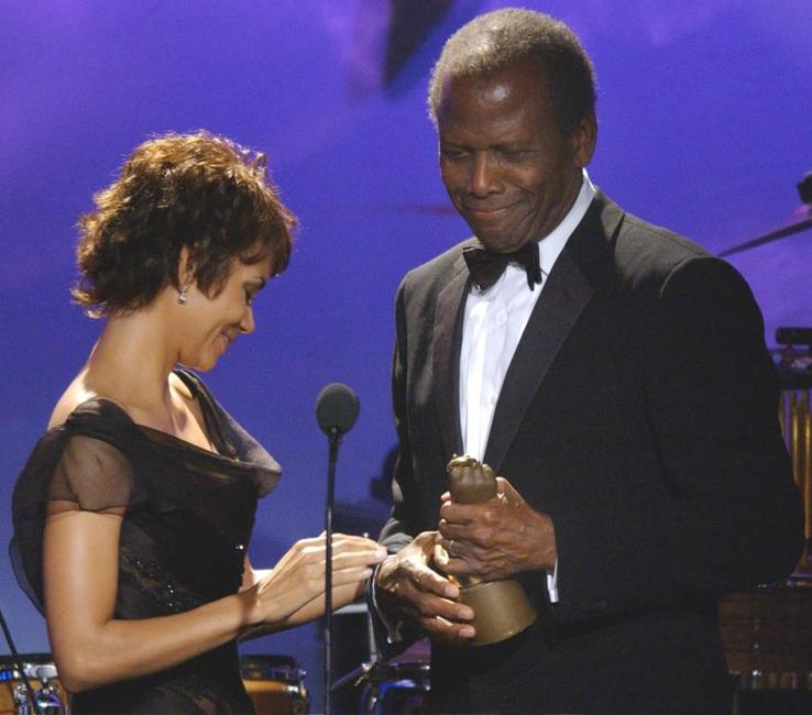 Sidney Poitier and Halle Barrey at the Brass Ring Award.
