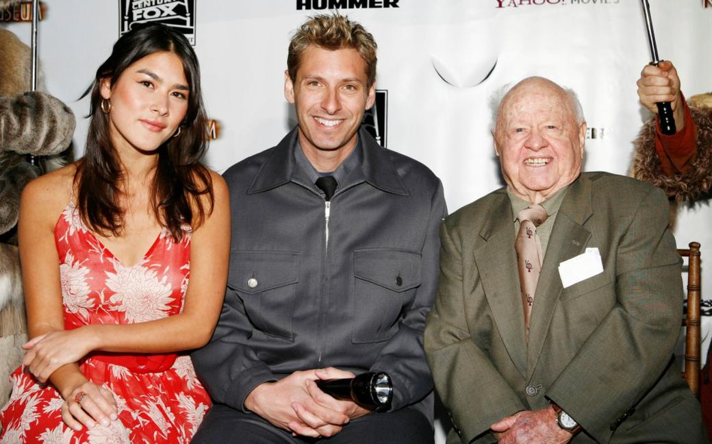 Mickey Rooney, Mizuo Peck and Scott Topper at the Night at the Museum's T-Rex Trek send-off .