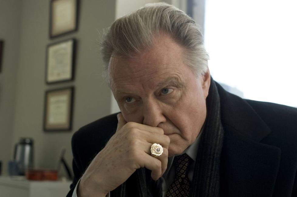 Jon Voight as Francis Tierney, Sr. in