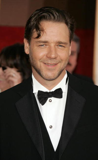 Russell Crowe at the 63rd Annual Golden Globe Awards.