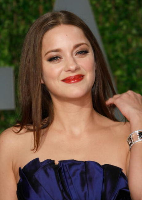 Marion Cotillard at the 2009 Vanity Fair Oscar Party.