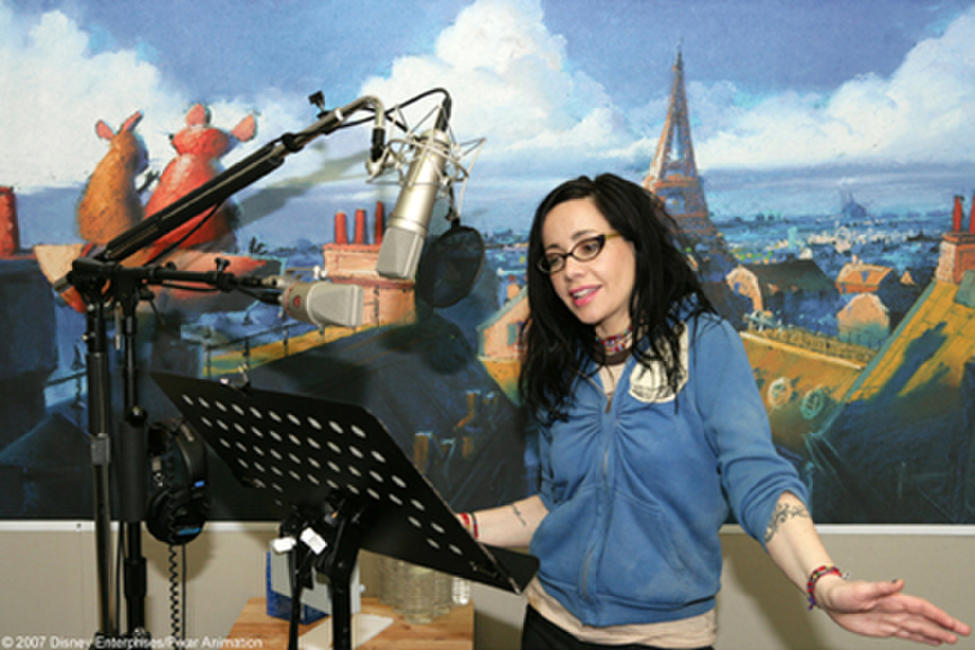 Janeane Garofalo on the set of