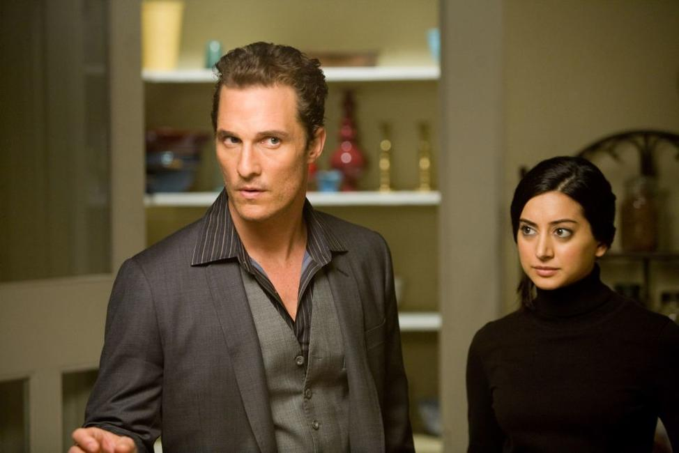 Matthew Mcconaughey as Connor Mead and Noureen Dewulf as Melanie in