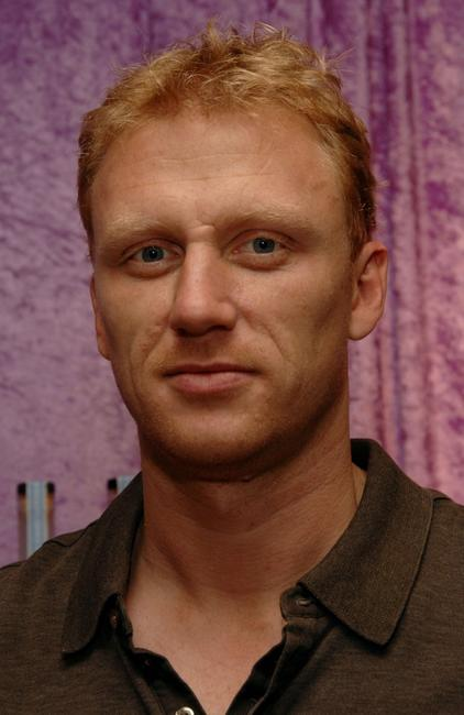 Kevin McKidd at the Belvedere Vodka Beauty Bar at the HBO Luxury Lounge.