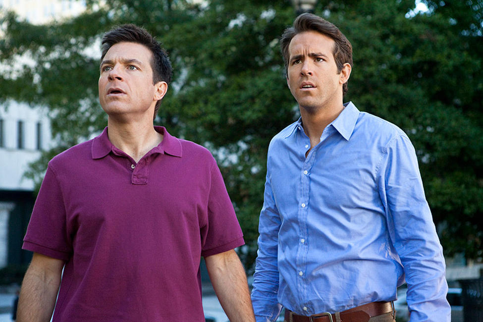 Jason Bateman as Dave and Ryan Reynolds as Mitch in