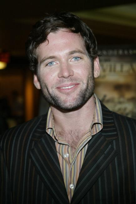 Eion Bailey at the premiere of