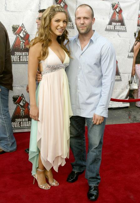 Kelly Brook and Jason Statham at the 2004 MTV Movie Awards.