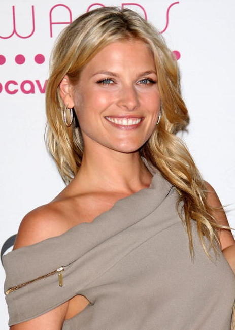 Ali Larter at the 33rd Annual People's Choice Awards.