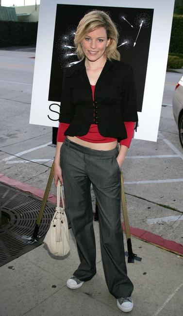 Elizabeth Banks at the Sienna Los Angeles store opening.