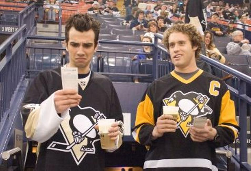 Jay Baruchel as Kirk and T.J. Miller as Stainer in