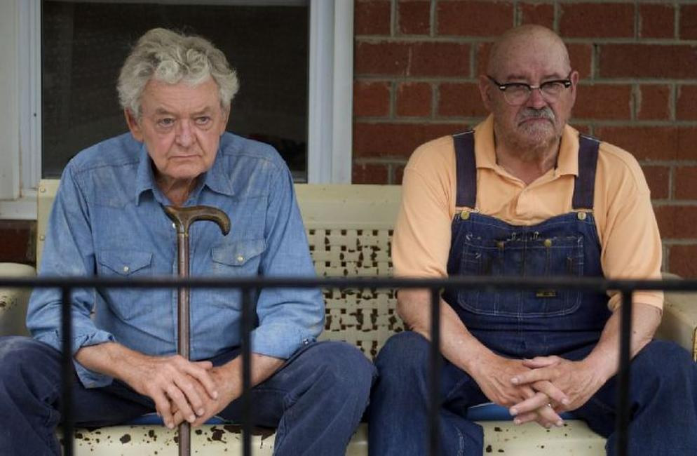 Hal Holbrook as Abner Meecham and Barry Corbin as Thurl in