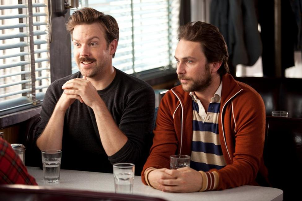Jason Sudeikis as Box and Charlie Day as Dan in