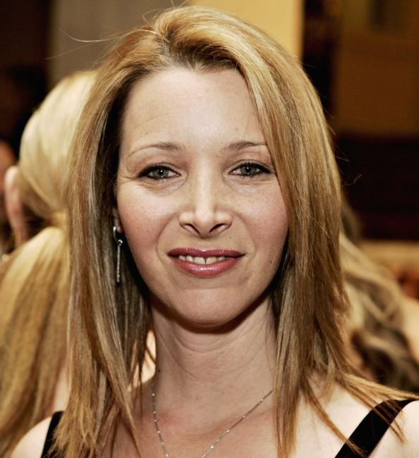Lisa Kudrow at the EIF's Women's Cancer Research Fund.