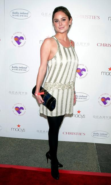 Amanda Brooks at the special performance of A.R. Gurneys Love Letters with Dame Elizabeth Taylor and James Earl Jones to benefit The Elizabeth Taylor HIV/AIDS Foundation.