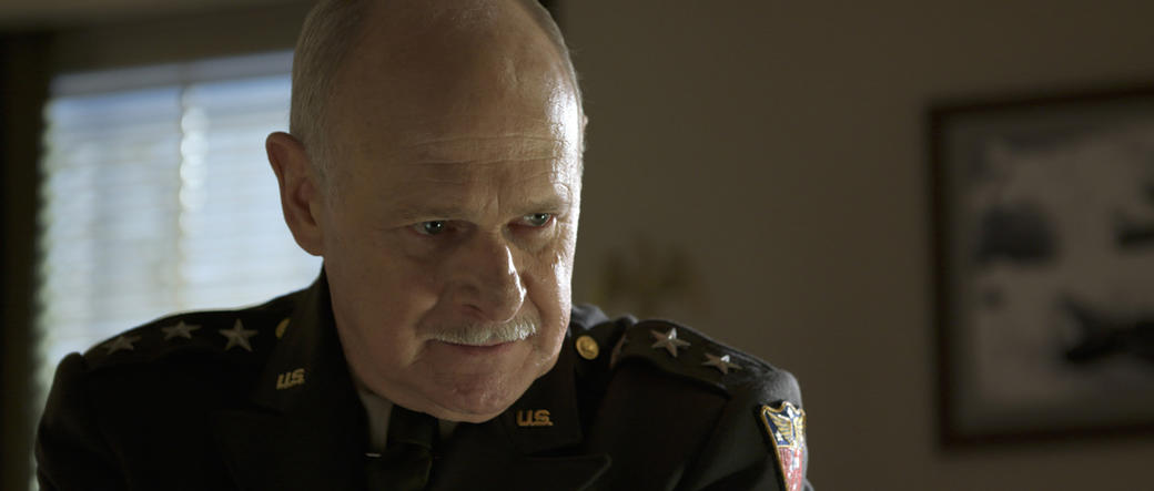 Gerald McRaney as Major General Luntz in
