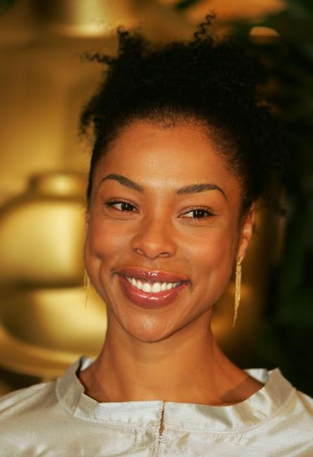 Sophie Okonedo at the 77th Annual Academy Awards nominee luncheon.