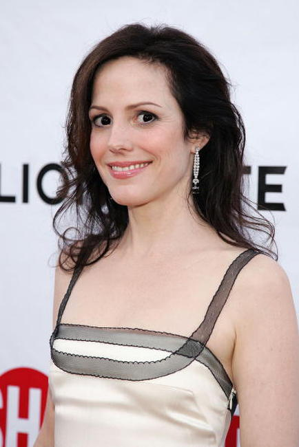 Mary-Louise Parker at the Hollywood premiere of season two of Showtime's series