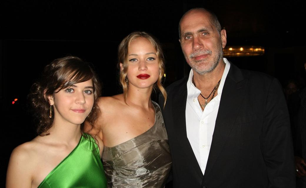 Tessa Ia, Jennifer Lawrence and Guillermo Arriaga at the premiere of