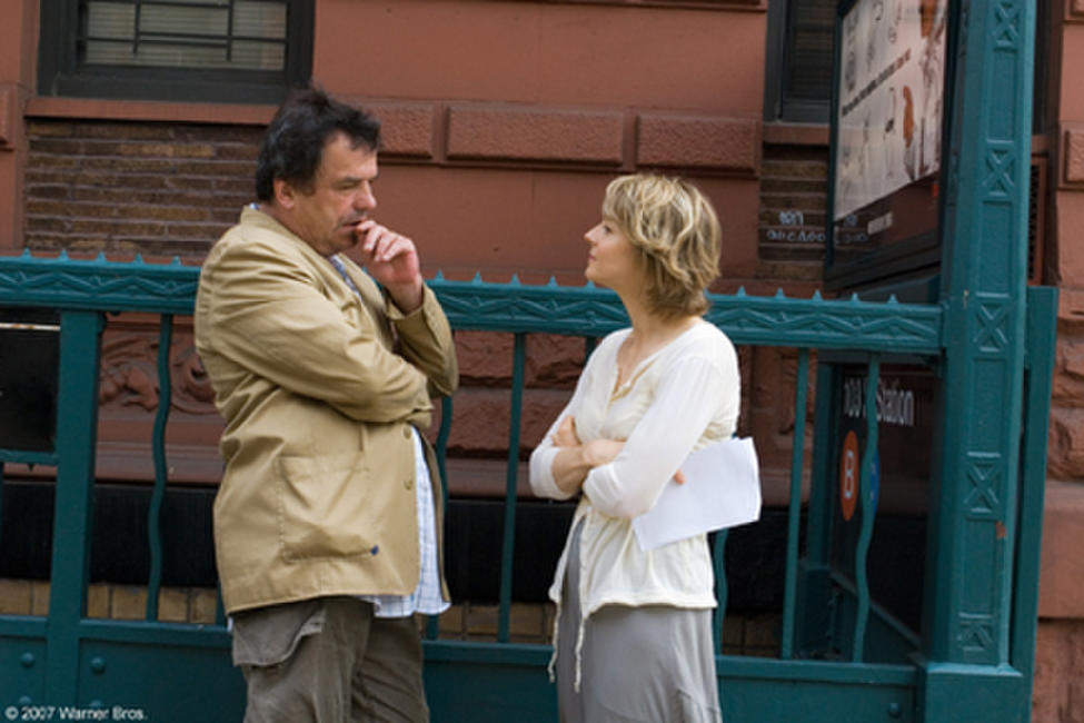 Director Neil Jordan and Jodie Foster on the set of