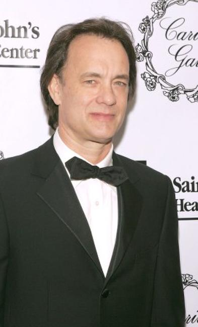 Tom Hanks at the 2005 Saint John's Health Center Gala Caritas Award, .