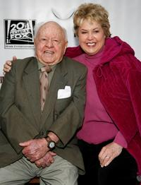 Mickey Rooney and Jan Rooney at the Night at the Museum's T-Rex Trek send-off .