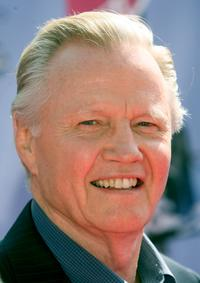 Jon Voight at the 2007 MTV Movie Awards.