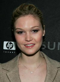Julia Stiles at the