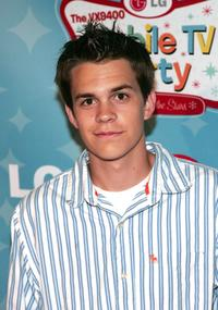 Johnny Simmons at the LG's Mobile TV Party.