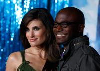 Taye Diggs and Idina Menzel at the World premiere of Disney's