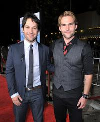 Paul Rudd and Seann William Scott at the premiere of