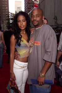 Aaliyah and Damon Dash at the premiere of