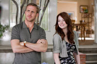 Ryan Gosling as Jacob Palmer and Emma Stone as Hannah in