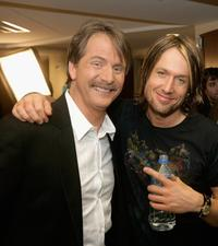 Jeff Foxworthy and Keith Urban at the 2006 CMT Music Awards.