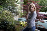 Elizabeth Banks as Nealy Lang in