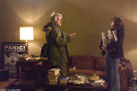 Philip Seymour Hoffman and Laura Linney in