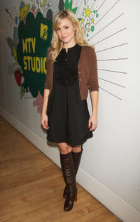 Kristen Bell at MTV's Total Request Live in New York City.