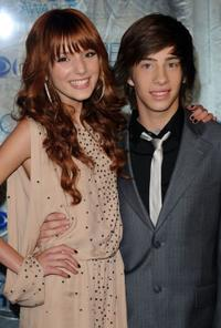 Bella Thorne and Jimmy Bennett at the 2011 People's Choice Awards.