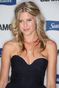 Sarah Wright at the Glamour Reel Moments in California.