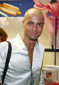 Joey Lawrence at the